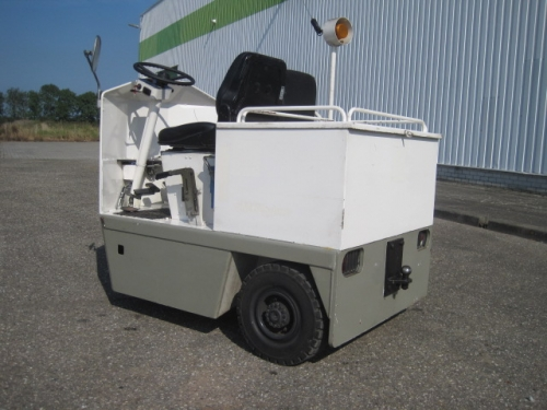 Linde Tow Tractor : Linde p z tow tractor